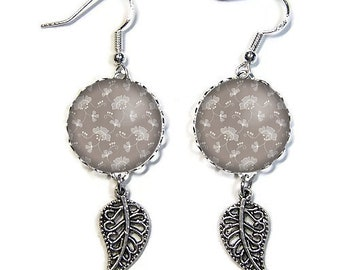 925 Sterling Silver hooks: 18 mm cabochon posts * flowers * (080218)