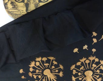 Customized t-shirt - ruffles and ruffled in the wind Golden dandelions!