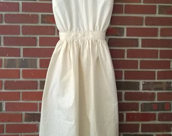 Pioneer Prairie Re-enactment  Early American style Jewel's Apron in Muslin Loose Fit for Teen/Adult small to medium