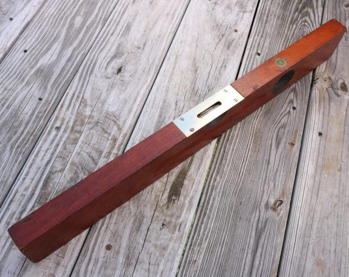 Vintage 26 inch Stanley Sweetheart No 0 Cherrywood level