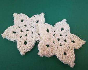 2 Christmas white stars
