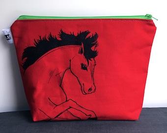 """8""""x10"""" Zipper Pouch *Dark Horse*"""