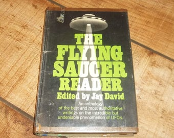 The Flying Saucer Reader, 1967, Ex-Library Hardcover Book with Mylar Cover, UFO, Paranormal, Space Aliens, Outer Space Sci Fi, by Jay David