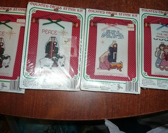 The New Berlin Co. Christmas Cross Stitch Kits 4 Count