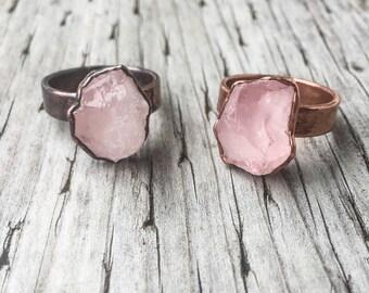 Raw Rose Quartz Wide Band Ring | Raw Rose Quartz Ring |  Electroformed Ring | Rose Quartz and Copper Ring | Crystal Ring | Pink Ring