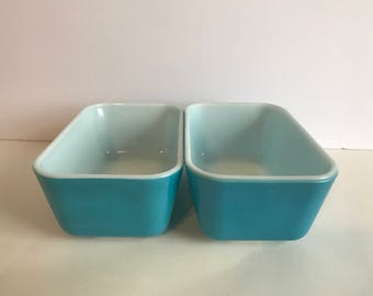 Pyrex 1 1/2 Pint  Primary Blue Refrigerator Dishes #502