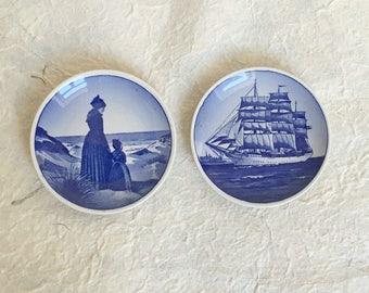 Set of 2 Vintage Danish Porcelain Plates. Scandinavian plates. Blue and white Plates. Vintage small plates.