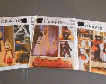 Ghostly Fun Halloween decor - indoor / outdoor
