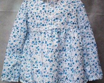Long sleeved summer blouse in broderie anglais, age 6, white with blue flowers