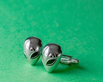 Alien head cufflinks
