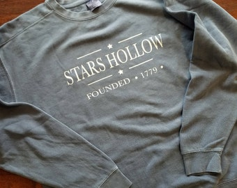 Stars Hollow - Comfort Colors Sweatshirt - Gilmore Girls - FREE SHIPPING