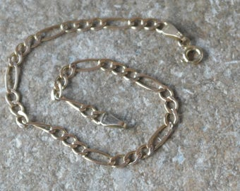 Vintage .375 9ct Yellow Gold Figaro Chain Bracelet
