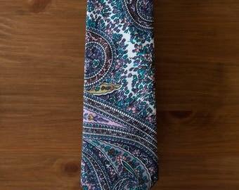 men's necktie - ivory paisley cotton