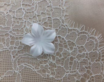 5 pc BRIDAL FABRIC FLOWERS in ivory color