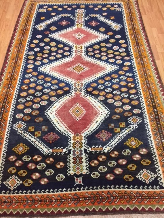 "5'1"" x 8'5"" Persian Shiraz Oriental Rug - 1980s - Hand Made - 100% Wool"
