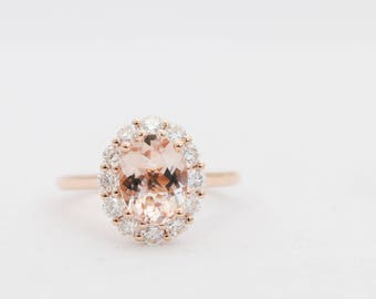 Oval Morganite Ring, Halo Engagement Ring, Morganite Ring, Morganite Engagement Ring, Rose Gold Ring, Engagement Ring, Gold Ring, Moissanite