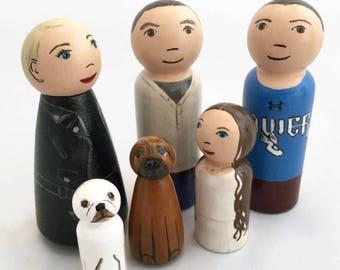 Custom Peg Doll Family - Highly Detailed Peg Dolls - Peg Doll Family Portrait - Family Gift - Personalized Peg Dolls