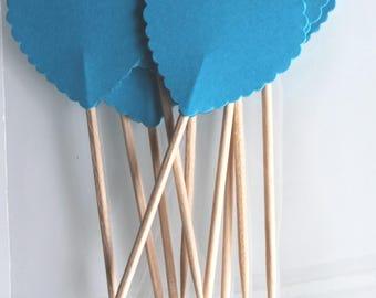 Saint-valentin : 10 décorations petits cœurs pour petits gâteaux (cupcakes toppers ) turquoises