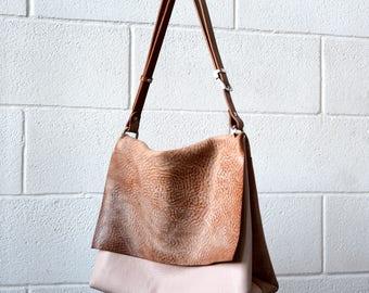 vegetable tanned leather  shoulder bag