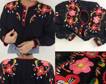 Vintage Folk Hungarian hand Embroidered Peasant Blouse