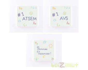"""Magnet en bois ''#1 ATSEM / AVS'' - """"Bonnes vacances!"""" fond petits carreaux - idée cadeau maîtresse, maître, ATSEM, ..."""