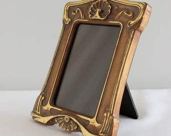 Vintage Plastic Art Nouveau Revival Portrait Picture Frame, 5inch x 3.5inch, Gold Detail, Antique Finish