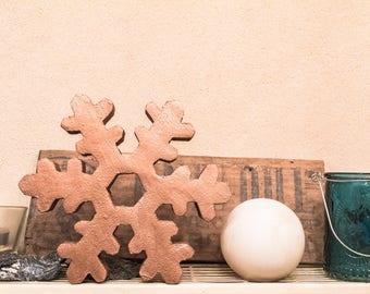 Wooden snowflake (19, 5cm, copper)