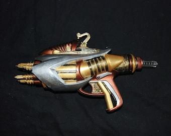 Steampunk Gun Cosplay Costume Weapon Prop Toy Gun Silver Gold Copper Bronze Post Apocalypse Unique Nikola Tesla Victorian Fashion Accessory