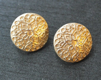 Vintage round gold tone clip on earrings - Sarah Coventry
