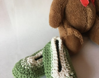 Green Crochet Baby Booties 0-6 Months Crib Shoes Newborn Booties Infant Booties Baby Shower Gift Crochet Baby Booties Free Shipping
