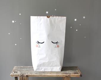 "Paper bag ""Big eyes"""