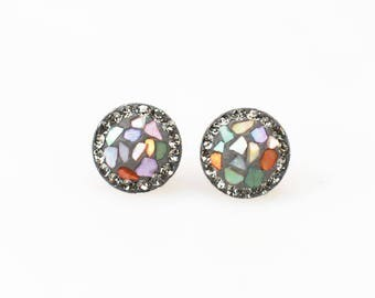 Sterling Silver Stud Earrings, Split Mother of Pearl Swarovsky Crystals, Blackdia(Gray) Color, Unique Style Stud Earrings.