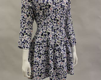 1990s Size 6-7 Navy and White Floral Print Dress New Old Stock New With Tags | 3/4 Sleeve | Drop Waist | Short Mini Dress | Button Front