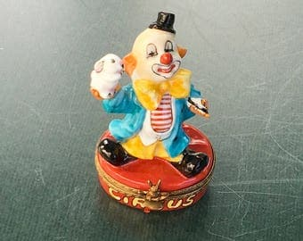 French Limoges Circus Clown Clown Trinket box or Pill box,Vintage Porcelain box,Collectible hand painted box