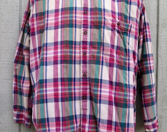 Vintage Pink Flannel - 90's Grunge Button Up Long Sleeve Shirt - Plaid Flannel by Dockers Size Medium