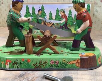 Clockwork Woodcutters, Clockwork Lumberjacks, Tin Toy, Collectable Tin Toy, Windup Lumberjacks, Windup Woodcutters Tin Toy