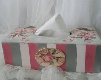 Romantic Shabby chic Rectangular Wooden Tissue Box, Tissue Dispenser, Tissue Holder cover, Pink Roses, Bedroom decoration, Gift idea, New