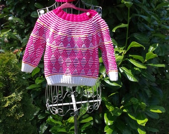 Hand knitted: Norwegian sweater from 100% merino wool in pink-white