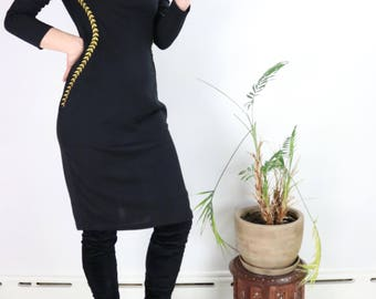 Vintage Black Dress / Long Sleeve Bodycon Midi / 90's LBD MOONCOLOUR Party Dress Medium