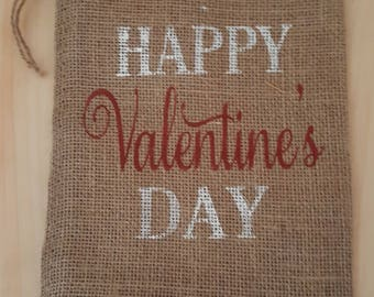 Burlap Bag, Happy Valentine's Day Holiday Bags, Burlap Gift Bags, Gift Bags, Goodie Bags, Party Bags, Valentine's Party Bags, Valentine's
