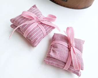 Set of 4 Pink Stripe Lavender Parcels, Hanging Lavender Pouches, Square Sachets, Hand Made, Spring Decor, Home Gifts, For Her ∞