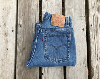 """Levi's 517 29"""" Medium Wash Vintage High Waist Red Tab Jeans"""