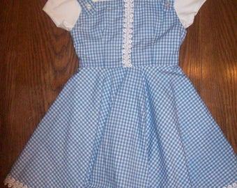 School dress in a retro 1950s style, Gingham 2 piece jumper for school, little girls size 5 School dress, Oz look little girls dress