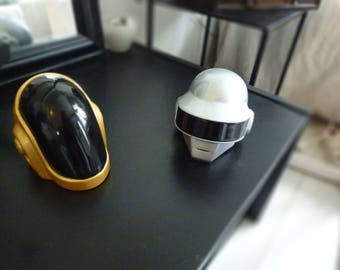 Duo daft punk helmet guyman and Thomas Bangalter, decoration (not cosplay)