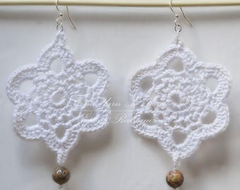 Earrings crochet with agate. Hand made French craft