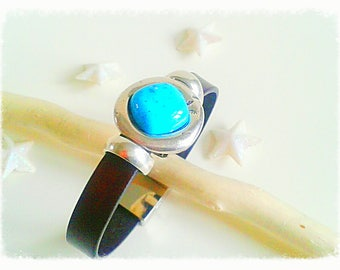 Turquoise piece 10mm Brown Leather Bracelet