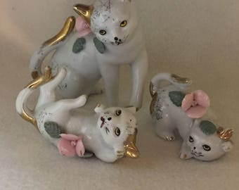 Set of 3 - Kitty Family with Gold Highlights and Pink Flowers (#162)
