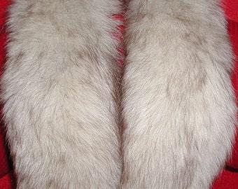 Fox Fur Collar....Vintage Fox Fur Collar (M)