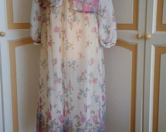Beautiful 50's Nylon Nightdress with Jacket size 12 uk