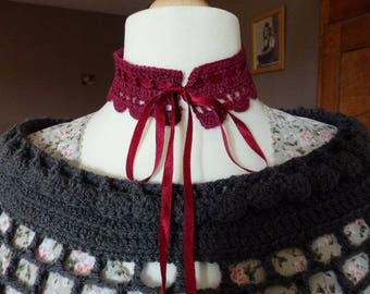 Romantic collar crocheted with a long Ribbon, romantic crochet lace collar